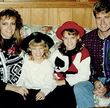 Ein alter Schnappschuss der Simpson-Familie beweist, Jessica Simpsons Mutter sah früher aus wie Britney Spears