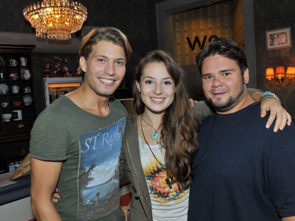 Adriana mit ihren Kollegen