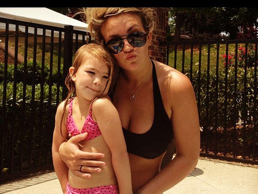 Jamie Lynn Spears mit Töchterchen