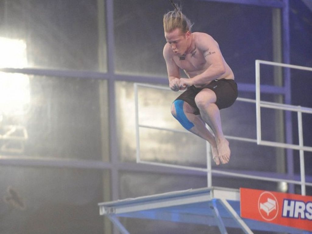 Joey Kelly beim Turmspringen
