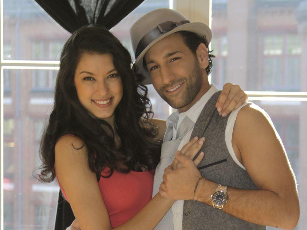 Rebecca Mir und Massimo in Tanzpose