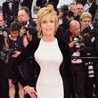 Jane Fonda erschien im bodenlangen Schummelkleid