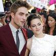 """Robert Pattinson hat sich entschlossen, gemeinsam mit Kristen Stewart die """"Breaking Dawn""""-Premiere zu besuchen"""