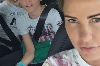 Katie Price und ihre Kids beim Schulsachen-Shopping
