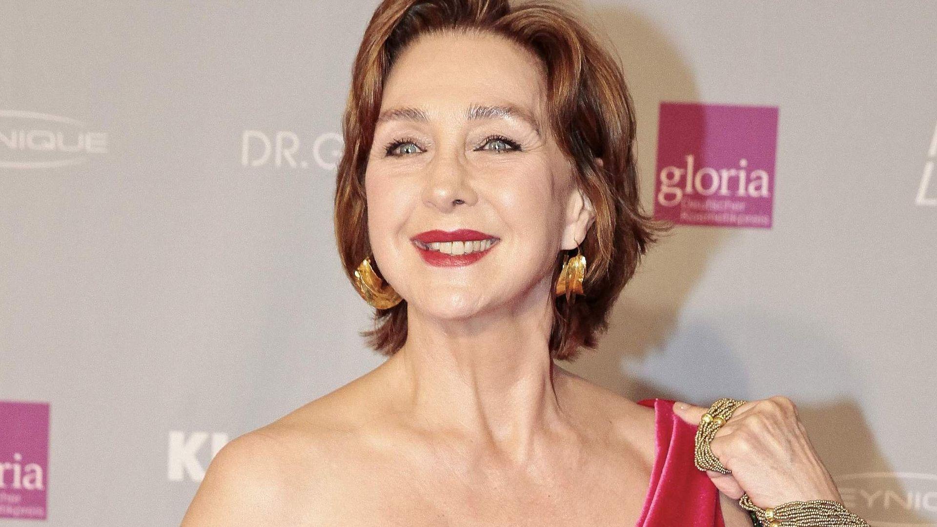 Christine Kaufmann: Schamhaare gehören zur Frau!   Promiflash.de