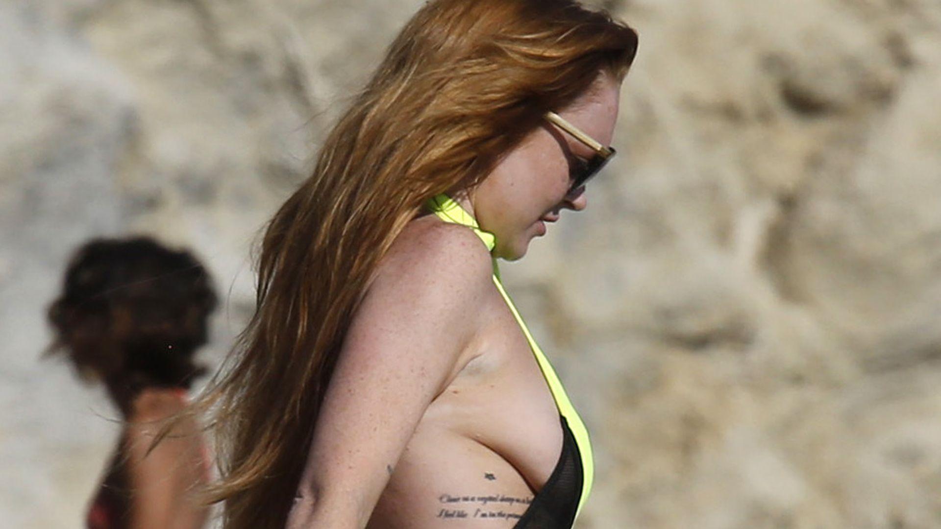 Lindsay Lohan und Brust