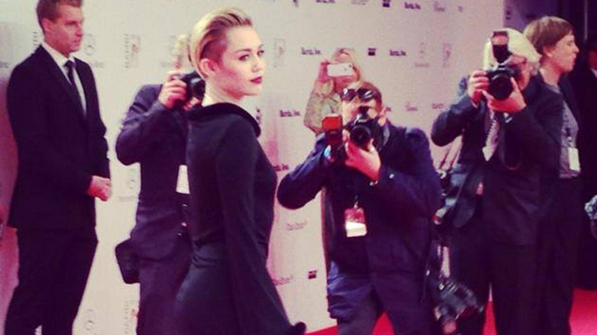 Gefakte FanFreude Bezahlte Kreischer für Miley