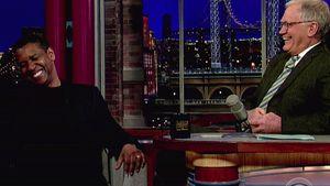 Denzel Washington und David Letterman lachen gemeinsam