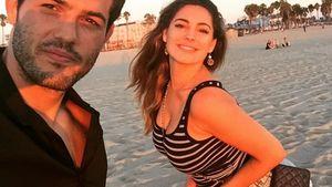 Kelly Brook und ihr Freund machen ein Selfie