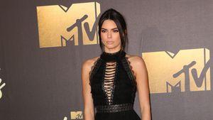 Kendall Jenner mit Schnürschuhen bei den MTV-Movie Awards