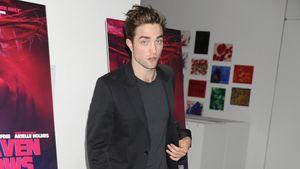 Robert Pattinson guckt erstaunt