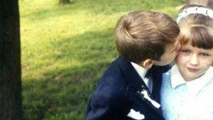 Veronica Ferres als Kind mit ihrem Bruder
