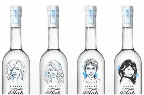 Rihanna, Selena Gomez, Taylor Swift - Esta es la colección de botellas de agua del grifo de los diferentes famosos
