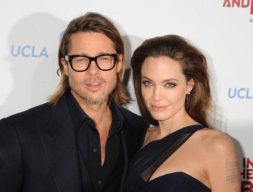 Brad Pitt und Angelina Jolie haben ihre Verlobung bekannt gegeben