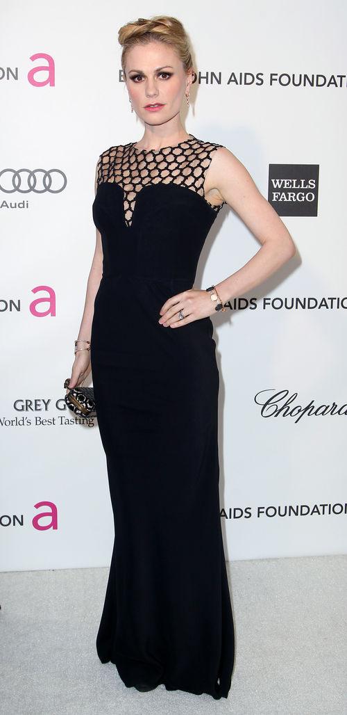 Anna Paquin zeigte sich gertenschlank auf der Elton John Party