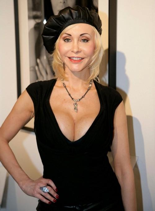 Зрелые женщины порно фото на Возбуждает!