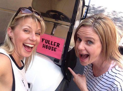"""Jodie Sweetin und Andrea Barber zeigten sich am Set von """"Fuller House"""""""