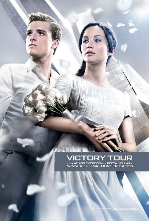 """Josh Hutcherson und Jennifer Lawrence präsentieren sich auf zwei neuen """"Hunger Games""""-Plakaten"""
