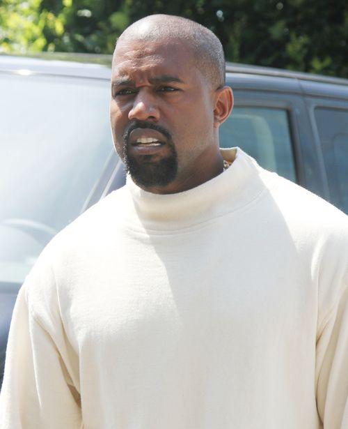 Kanye West findet, dass seine Frau Kim und ihre Familie Emmys verdient hätten