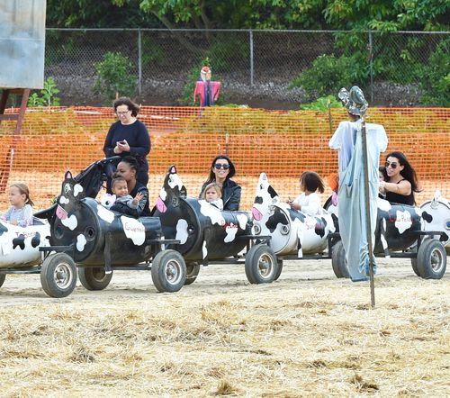 Kourtney Kardashian bespaßte ihre Kinder und Nichte North West