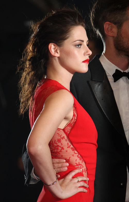 Kristen Stewart hat ihren Robert betrogen
