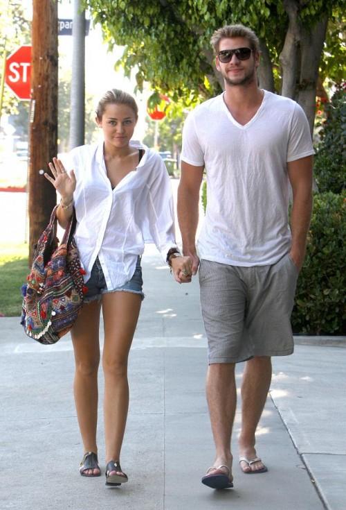 Miley cyrus wieder mit liam hemsworth glücklich