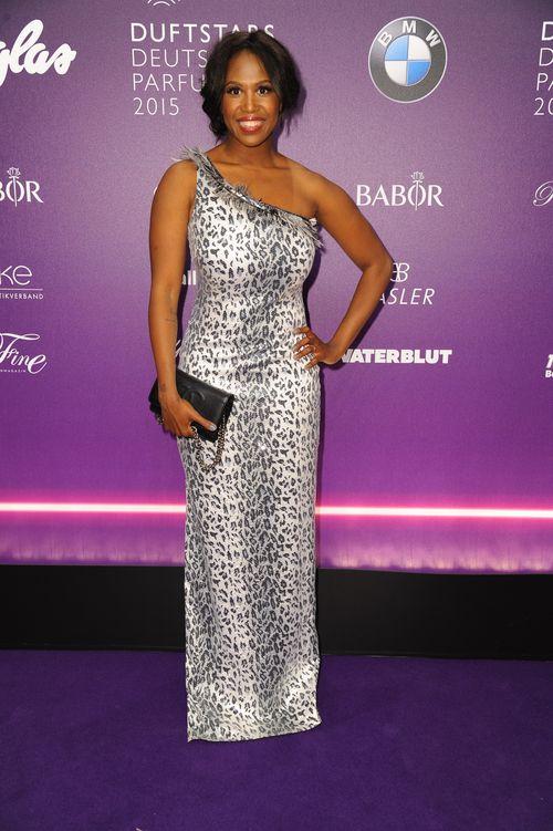 Motsi Mabuse eröffnete als sexy Beyoncé die Show