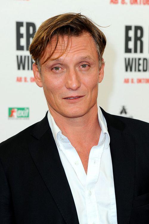 Oliver Masucci spielt Adolf Hitler