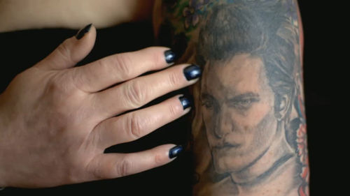 arm komplett halb fertig tattoos von tattoo bewertungde. Black Bedroom Furniture Sets. Home Design Ideas