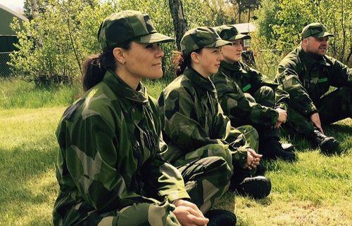 Victoria von Schweden warf sich jetzt in den Military-Look