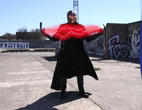 Wolfgang Bahro ist jetzt in die Rolle eines Superhelden geschlüpft