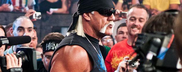 Hulk Hogan auf dem Weg zum Ring