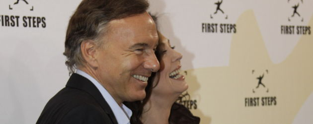 Iris Berben und Nico Hofmann lachen zusammen