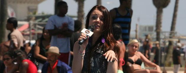 Joelina Drews singt