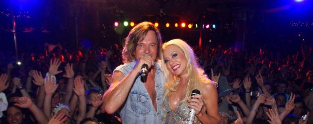Jürgen Drews und Ramona auf der Bühne