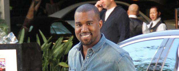 Kanye West lächelt freundlich