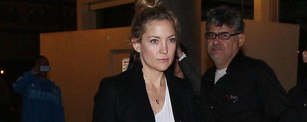 Kate Hudson trägt Dutt