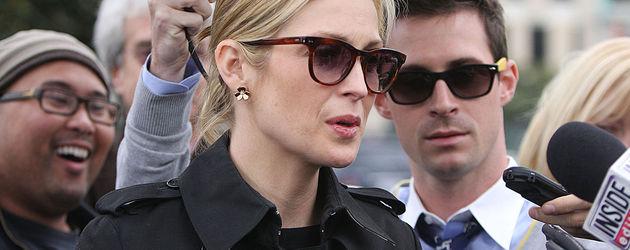 Kelly Ruhterford mit Sonnenbrille