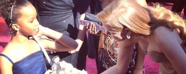 Quvenzhané Wallis auf dem Red Carpet Oscars 2013