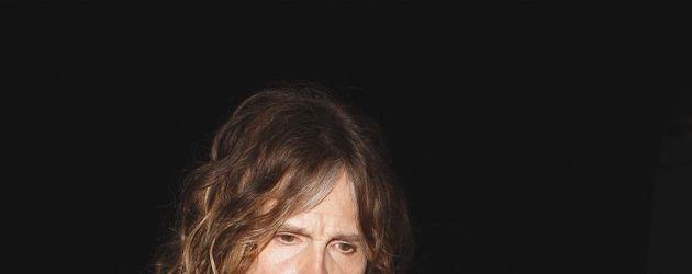 Steven Tyler mit buntem Schal