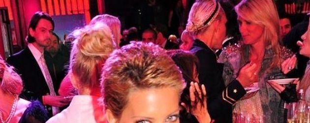 Sylvie auf einer Party
