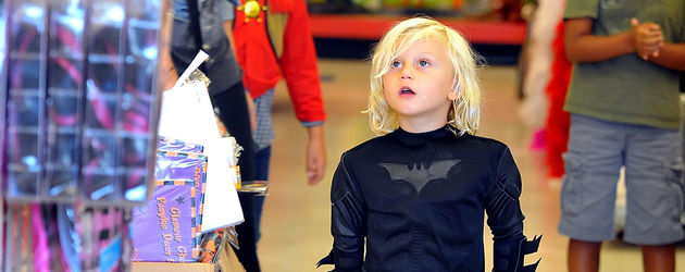 Zuma Rossdale im Batman-Kostüm