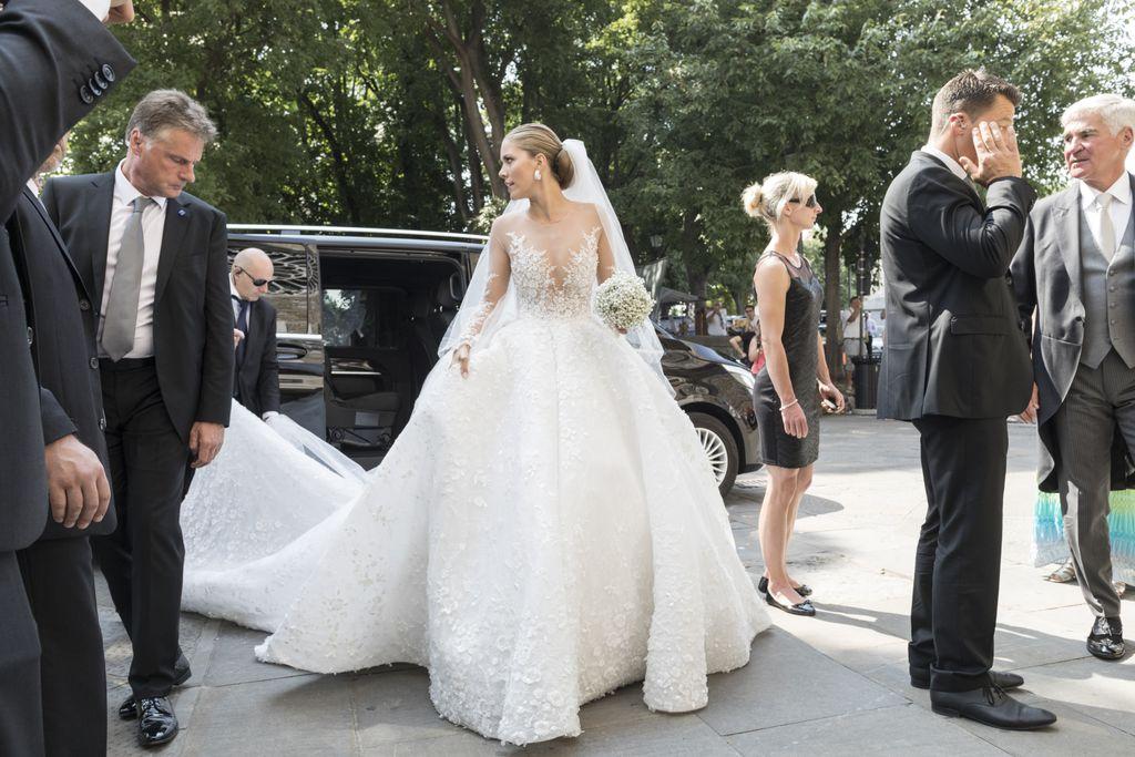800.000-Euro-Brautkleid: Kein Star toppt Victoria Swarovski ...