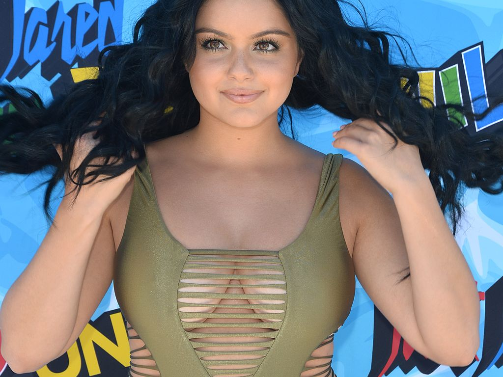 Ariel Winter auf dem Red Carpet des Just Jared Annual Summer Bash 2016