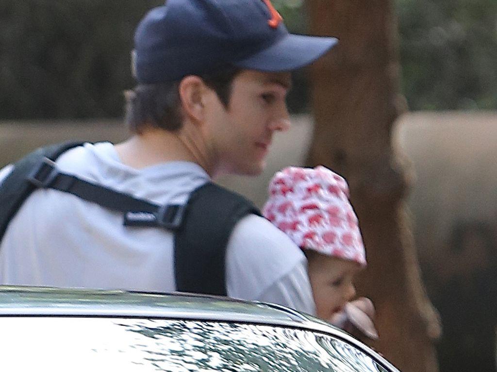 Ashton Kutcher und Wyatt Isabelle Kutcher