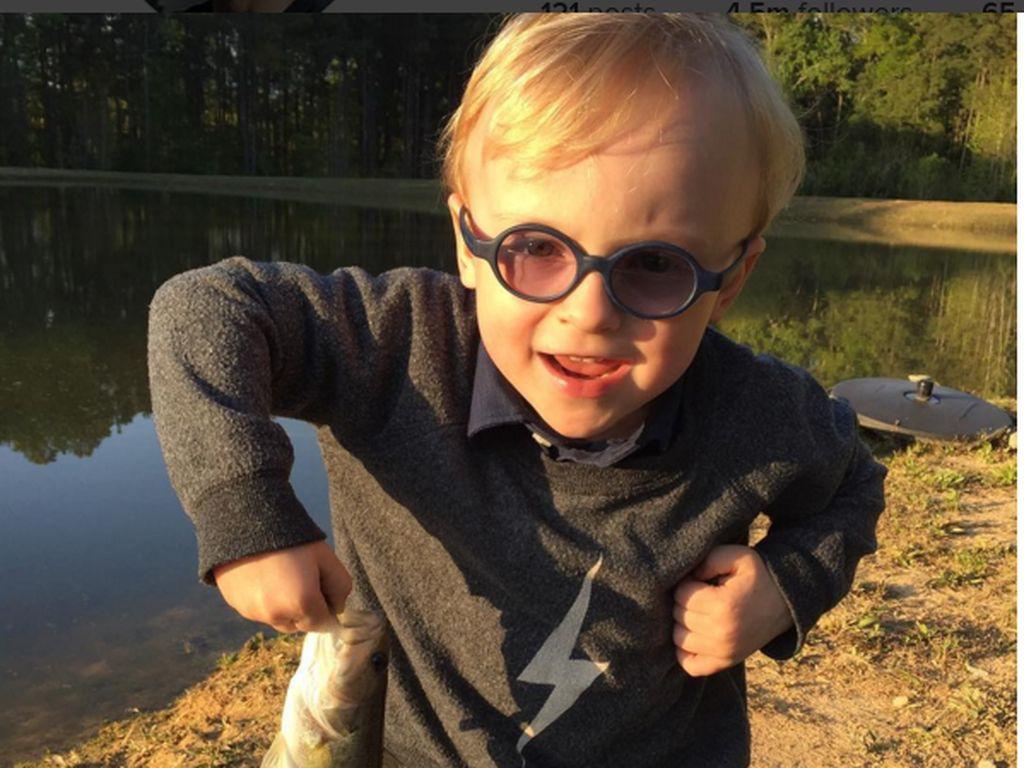 Chris Pratts mit einem selbst gefangenen Fisch