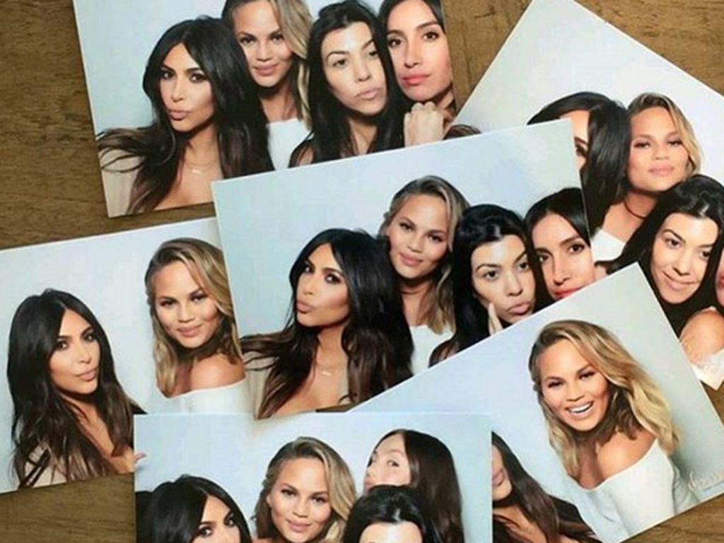 Kim Kardashian, Kourtney Kardashian und Chrissy Teigen