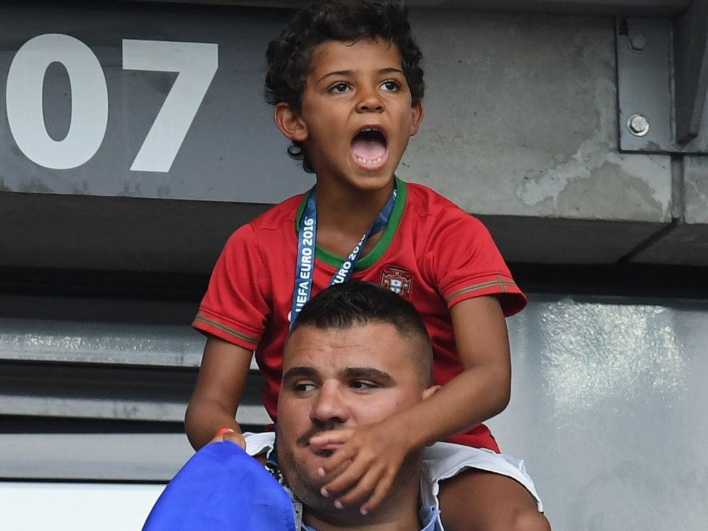 Cristiano Ronaldo Jr. beim EM-Finale Frankreich gegen Portugal in Paris 2016