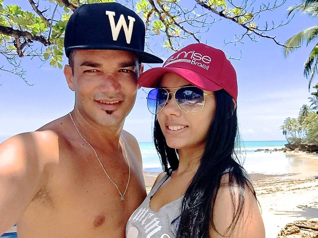 Daniel Lopes mit Magna am Strand