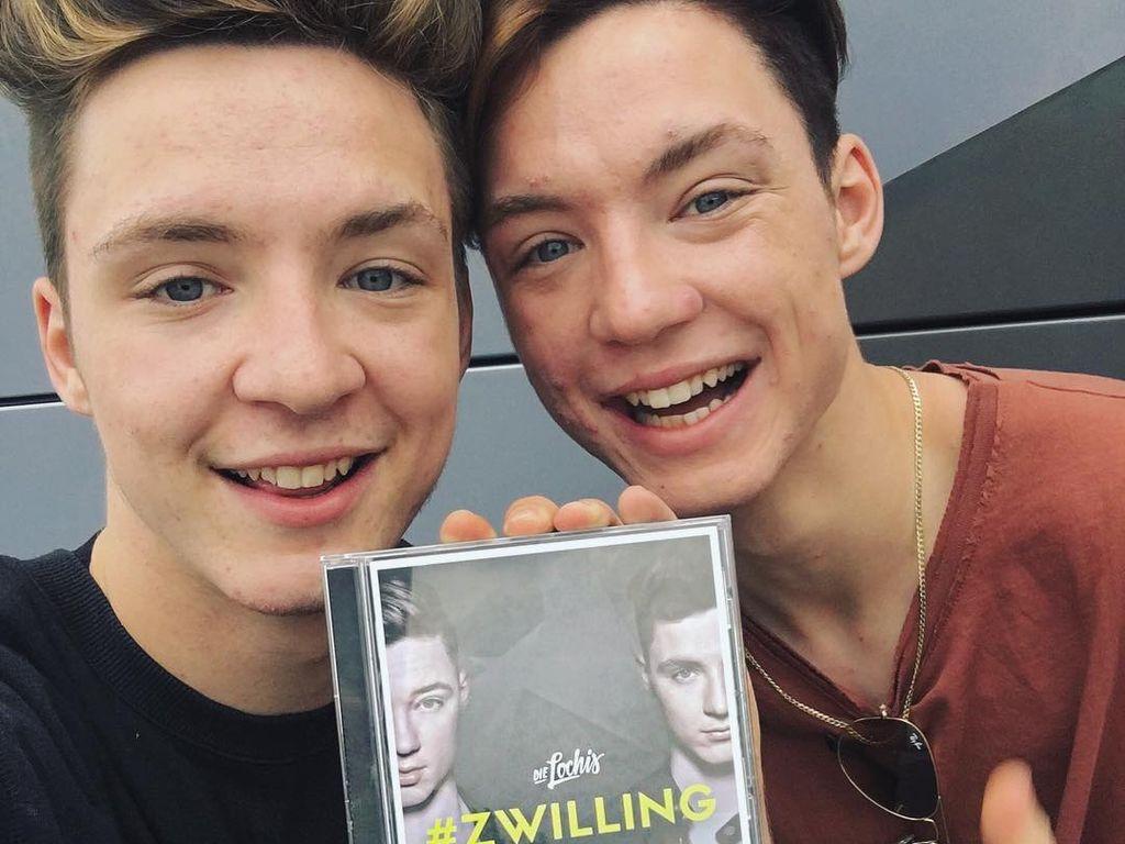 """Die Lochis mit ihrem ersten Album """"#Zwilling"""""""
